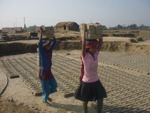 800px-Child_labour_Nepal